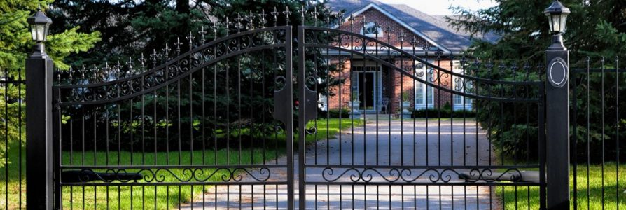 What to Look For in a Security Fence for My House